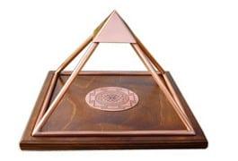 Meru Pyramid stor