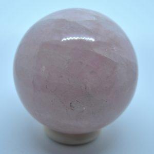 Kristall kula (rosenquarts)
